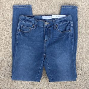 NWT LOFT Performance Denim Legging Jeans S…
